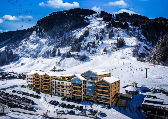 Exclusive New Apartment Resort in Pretty Rauris
