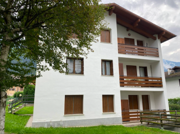Apartment in Madonna di Campiglio Close to Ski Lifts