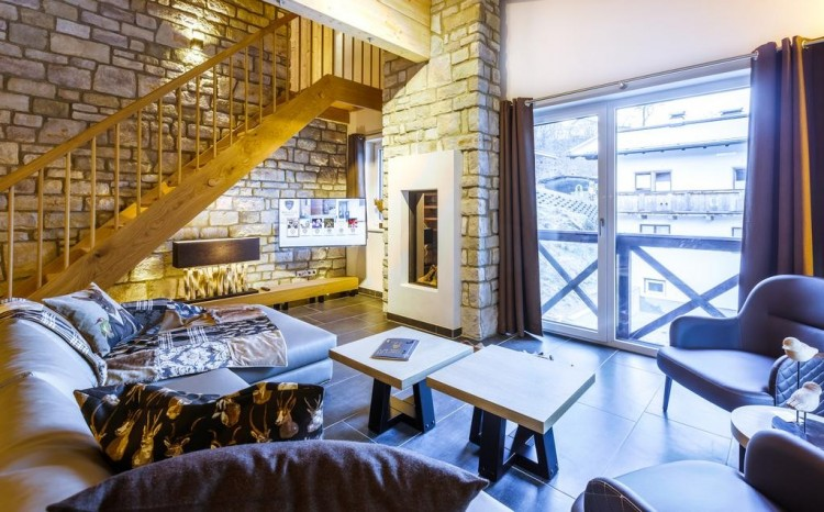 Ski Apartments in Luxury Lodge in Saalbach - Re-Sale